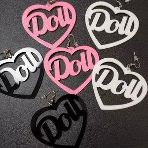 "✨2/$25✨NWT EARRINGS - ""DOLLS"" White black or pink"
